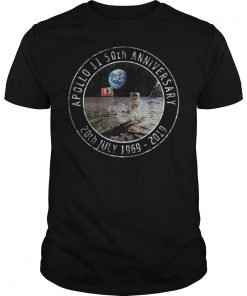 Apollo 11 50th Anniversary Moon Landing 1969 2019 Distressed T-Shirt